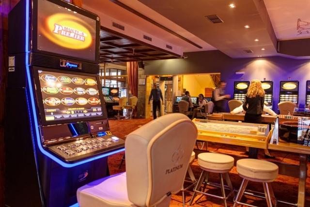Rogal казино