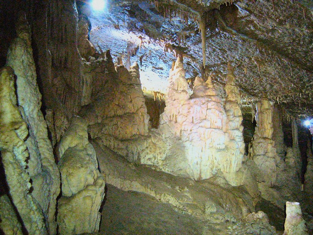Пещера Моровица — Rezervaciq.com